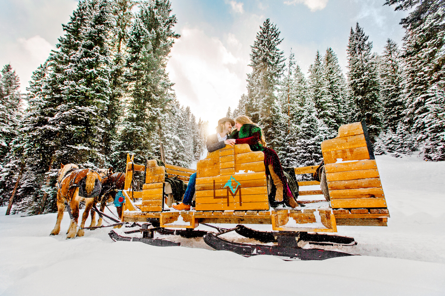 How can you describe Bozeman Montana without a snow covered sleigh ride? This wedding was every production a photographer hopes for at some point in their career.